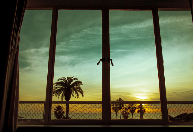 Cali Best Hotel Views-Image Taken By: https://www.flickr.com/photos/lomolady/14001830568/